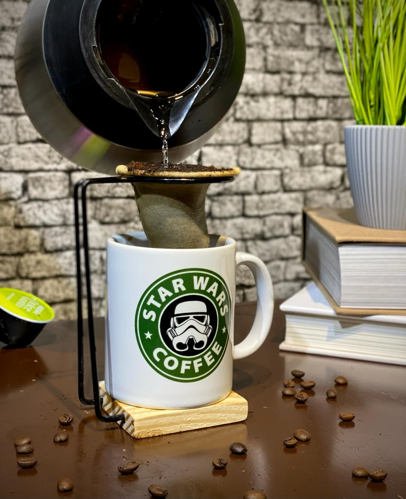 Caneca Com Colher e infusor Stormtrooper ''Star Wars Coffee'': Star Wars - Branca - EV