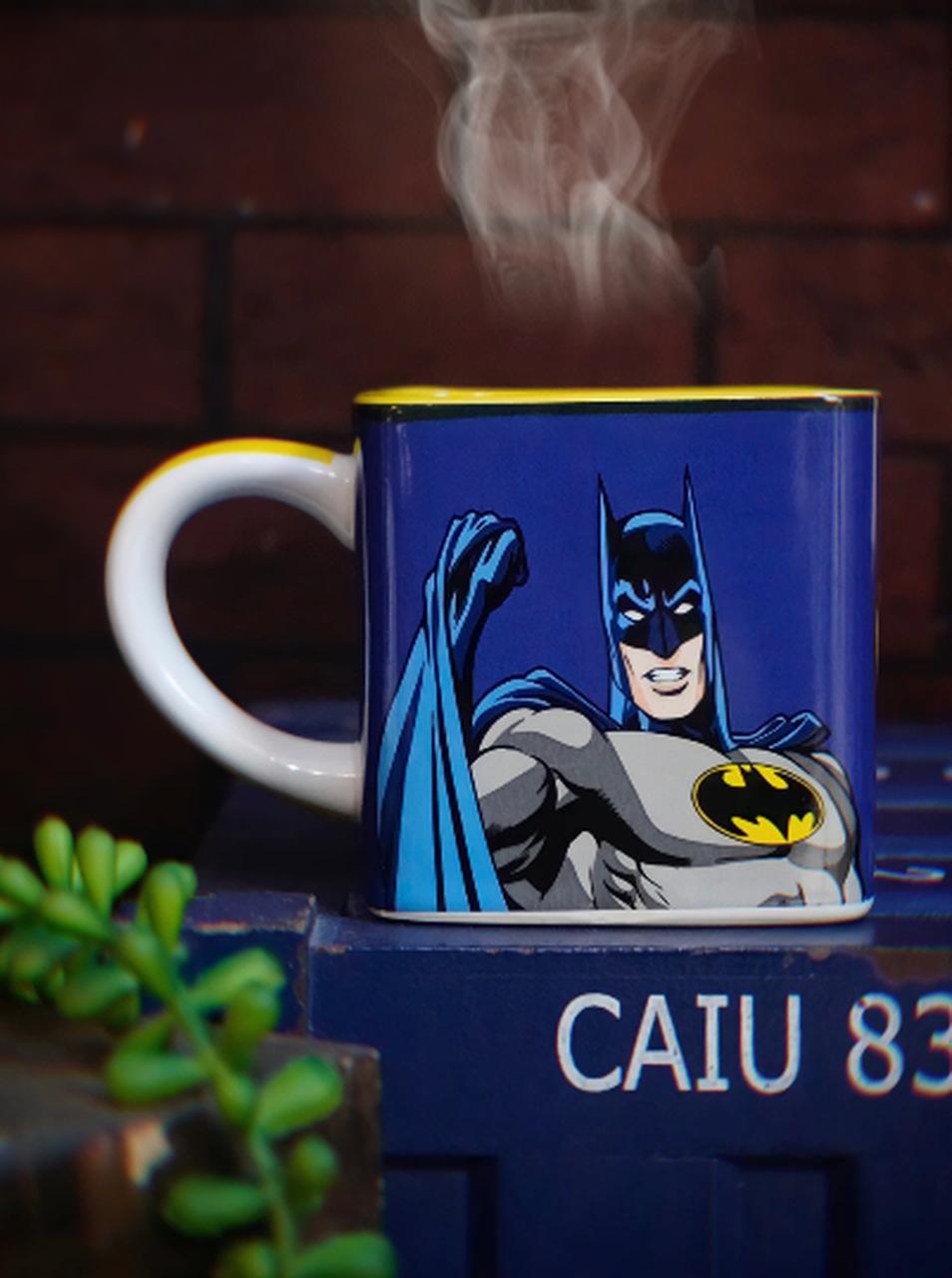 Caneca Cubo Batman HQ: DC Comics 300ml - Zona Criativa