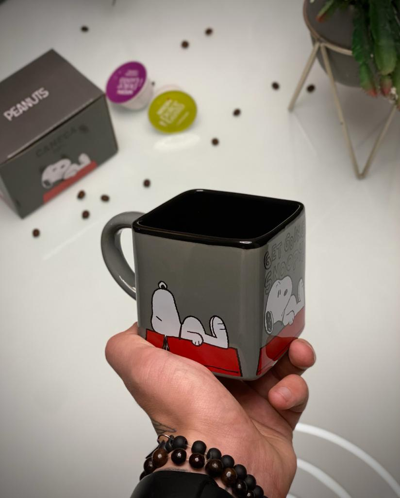 Caneca Cubo Snoopy Peanuts  Get Going Snoopy 300ml