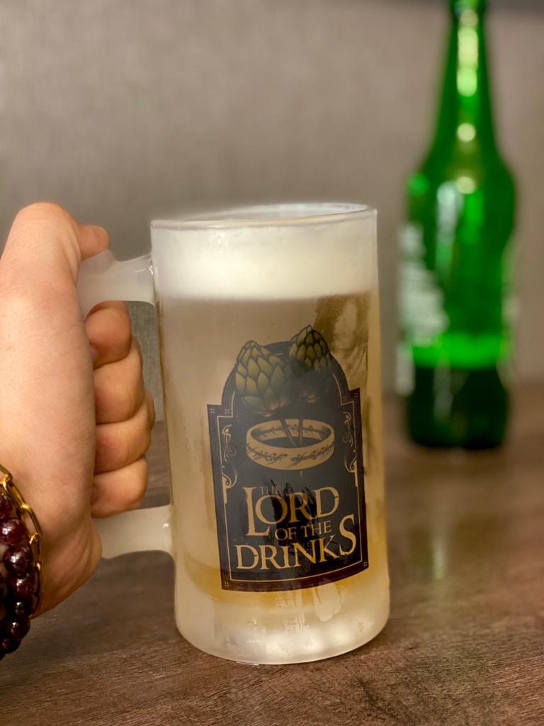 "Caneca de Chopp ""The Lord Of The Drinks"" - 475ml"