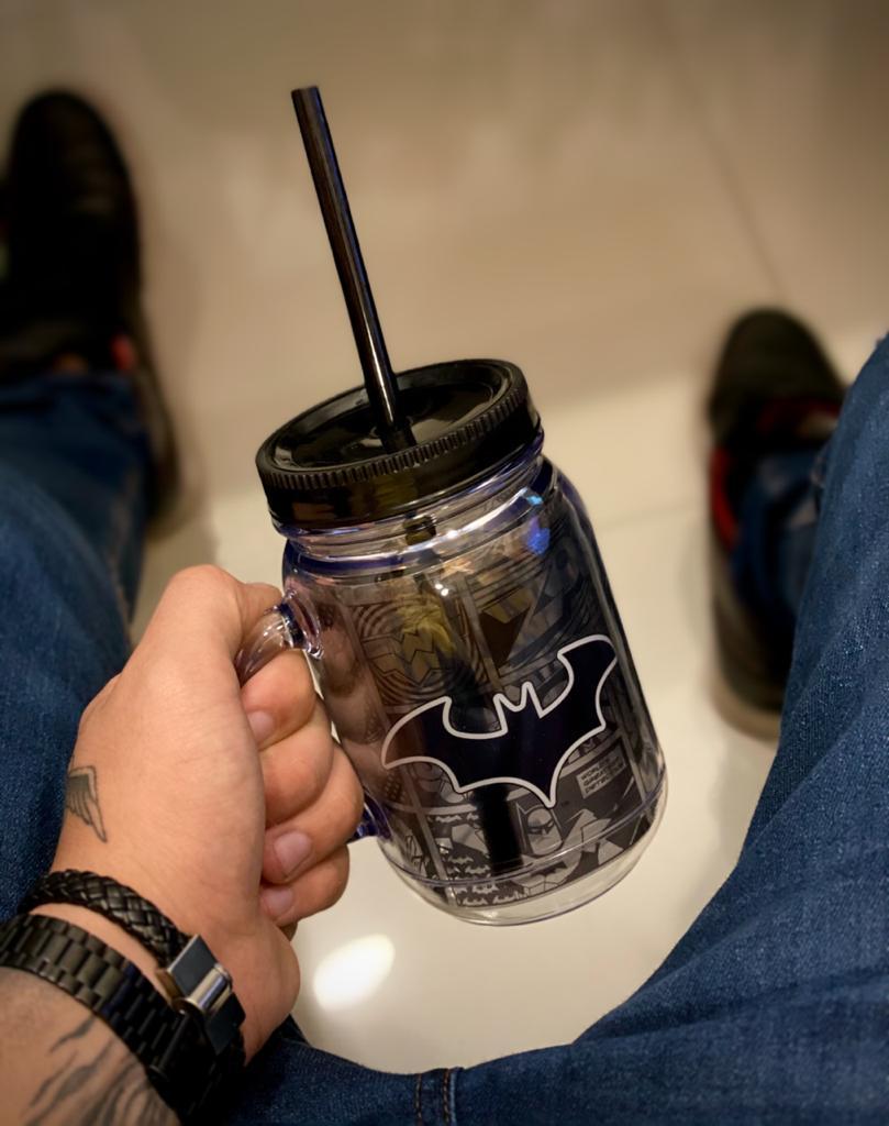 Caneca De Plástico Com Canudo Batman: DC Comics - (420ml)