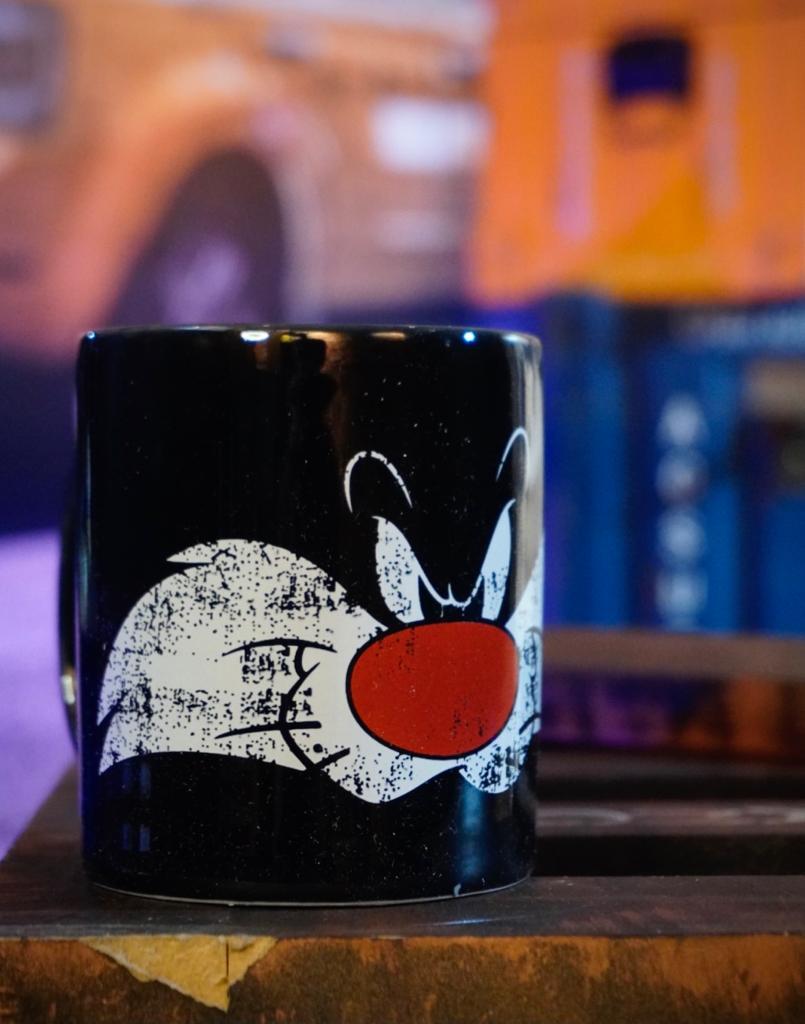 Caneca de Porcelana Frajola Sylvester: Looney Tunes - Metrópole