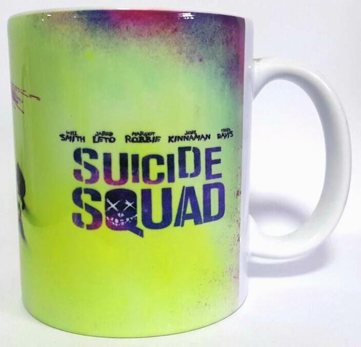 Caneca Equipe com Coringa: Esquadrão Suicida