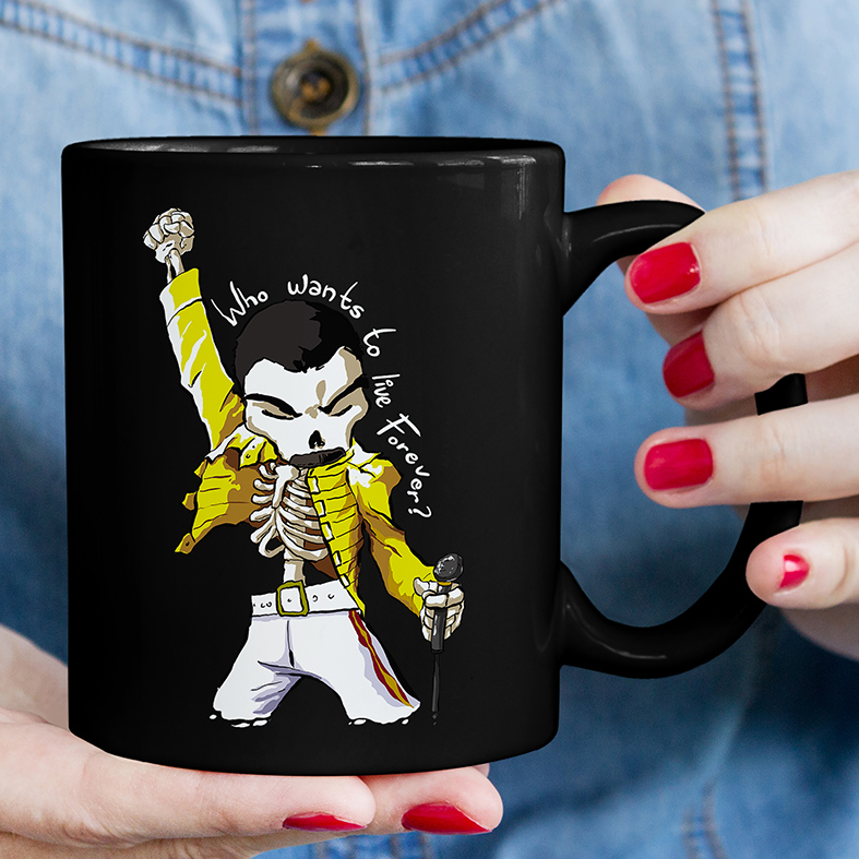 Caneca Freddie Mercury Quem Quer Viver Para Sempre Caveira Rock Skull: Queen (Preta) - EV