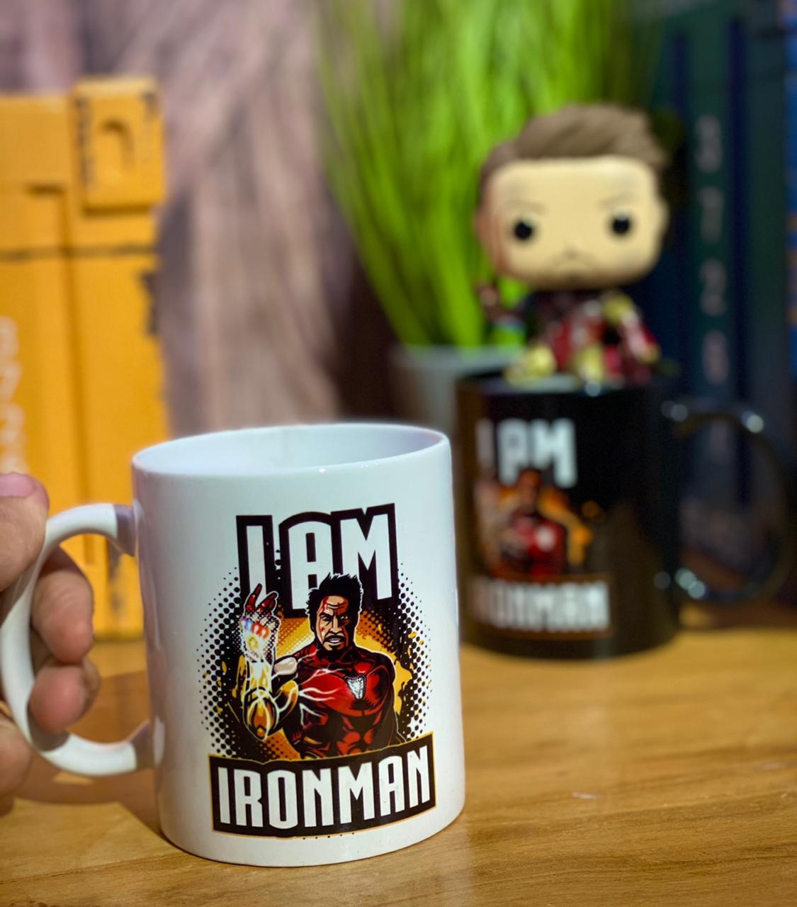 "Caneca Homem de Ferro ""I Am Iron Man"": Marvel (Branca) - Exclusiva Toyshow"