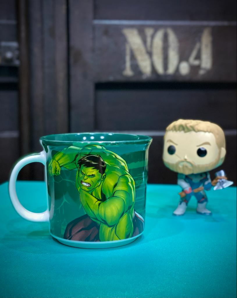 Caneca Hulk: Marvel (Tie Die)