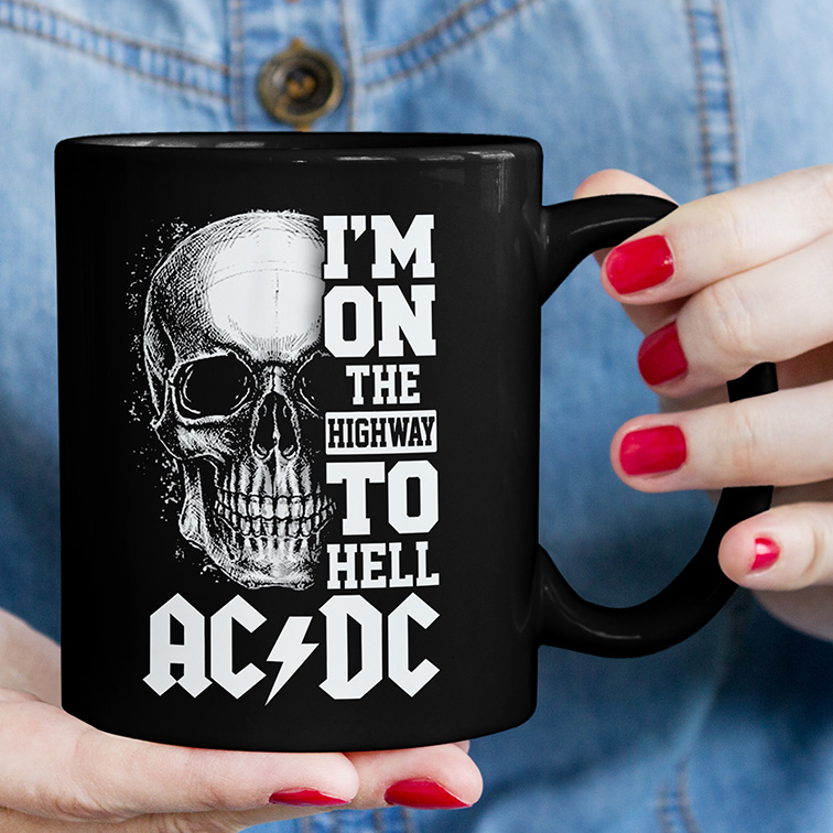 Caneca  I'm On The Highway To Hell Rock And Roll: ACDC (Preta) - EV
