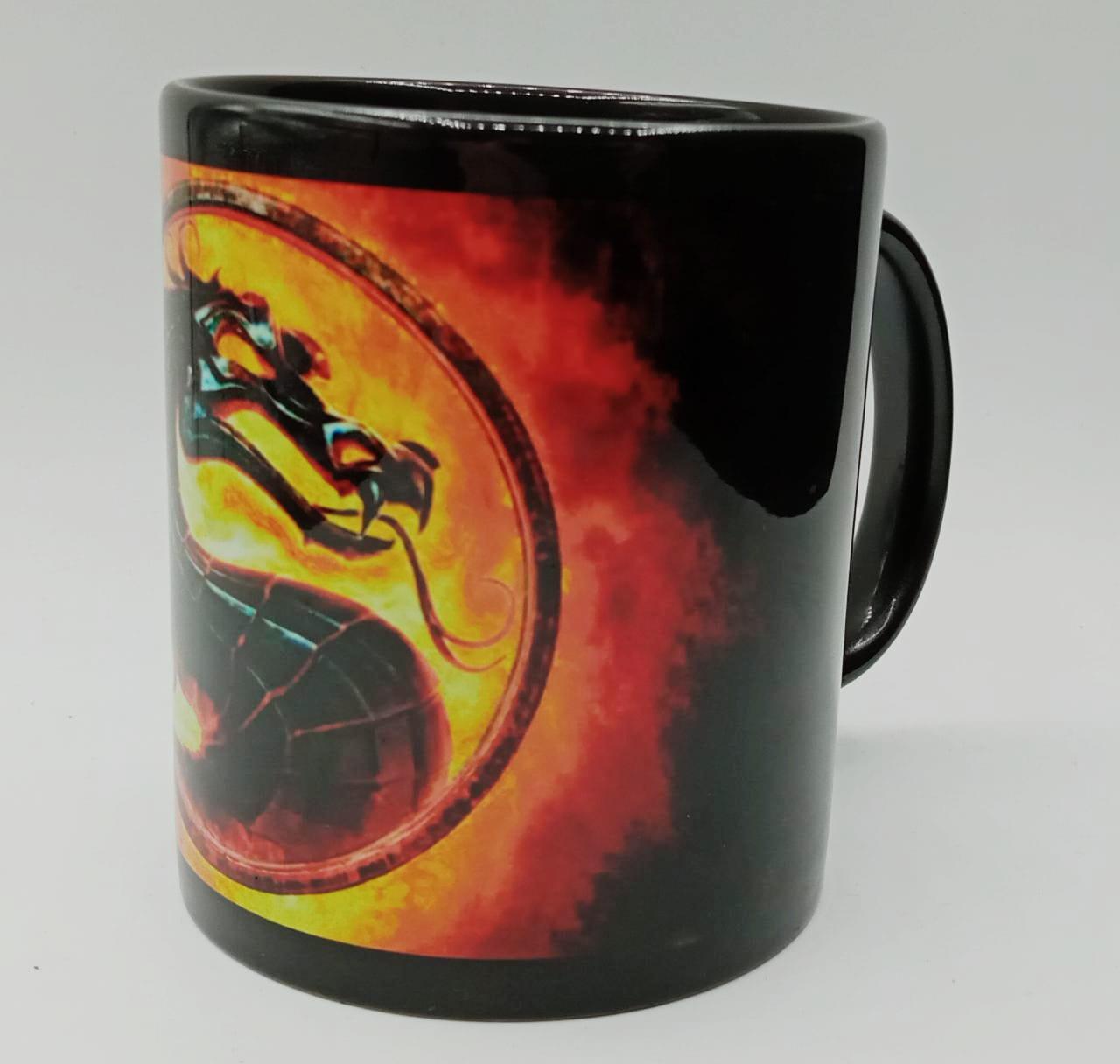 Caneca Logo Mortal Kombat (Preta)