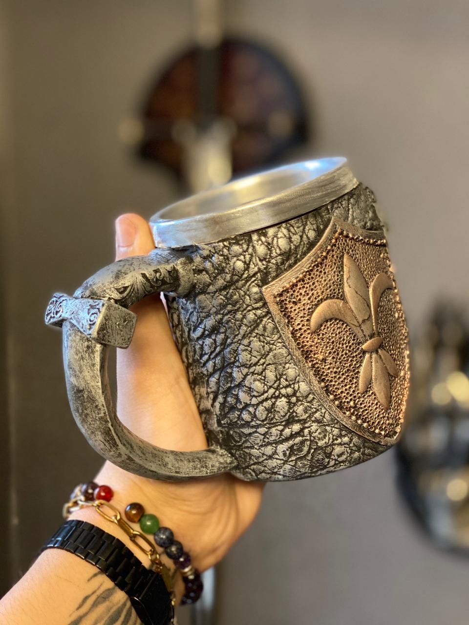 Caneca Medieval ( Escudo ) - 400ml