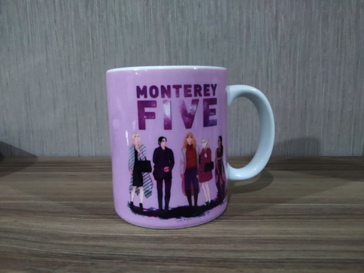 Caneca: '' Monterey Five '' - Disney