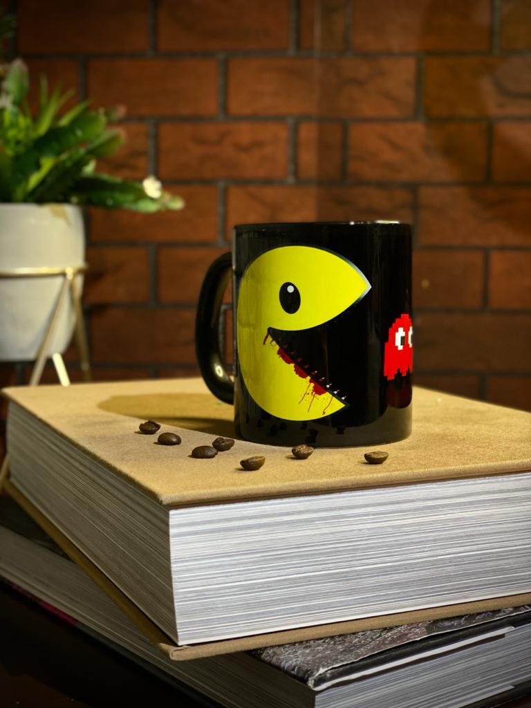 Caneca Preta Evil Pac-Man