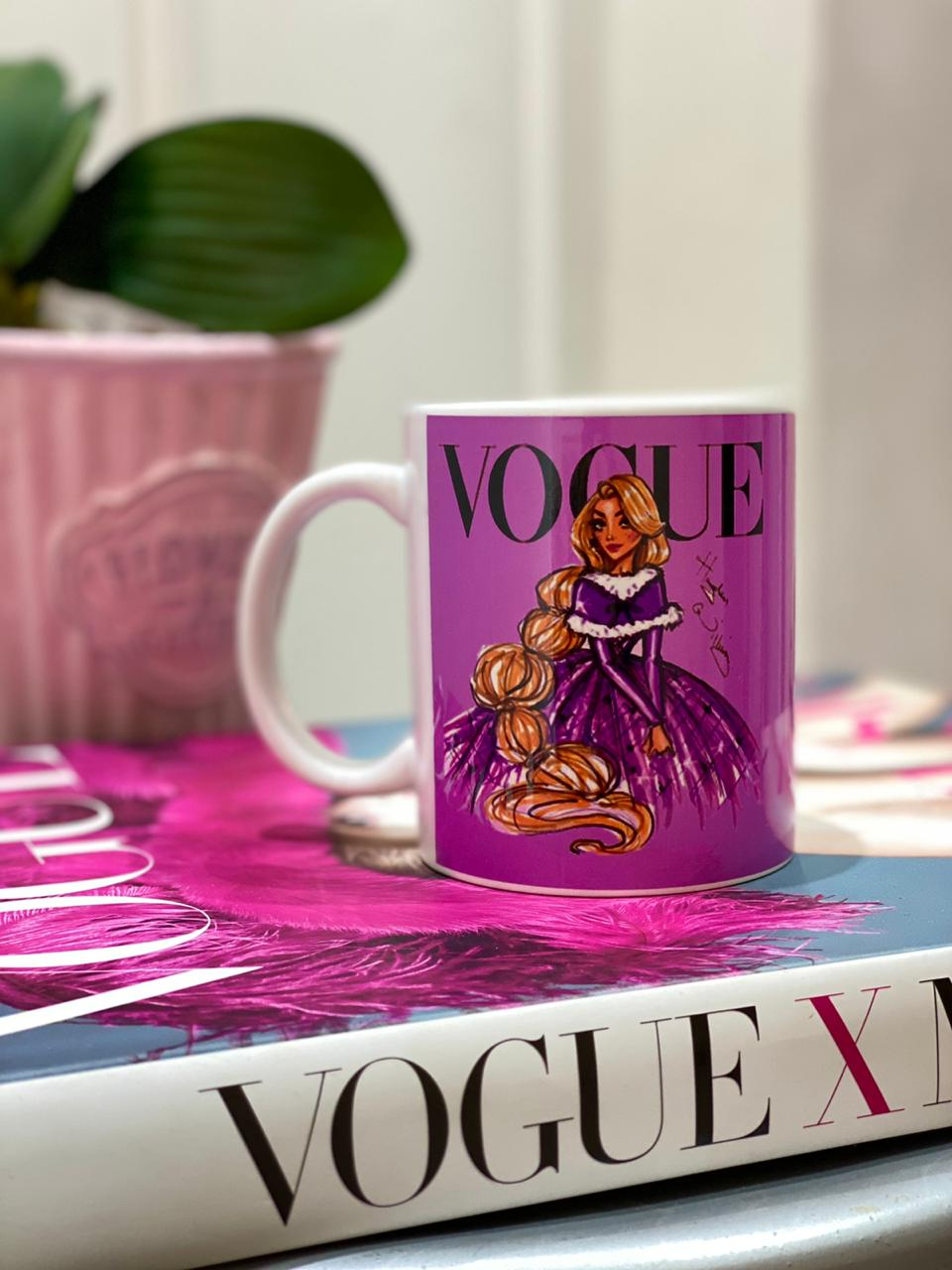 Caneca Rapunzel (Vogue): Princesas Disney