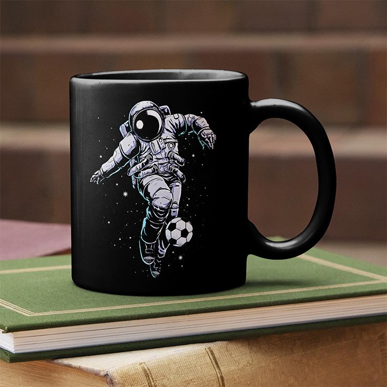 Caneca Space Nasa Football Astronauts Astronauta Futebol (Preta) - EV