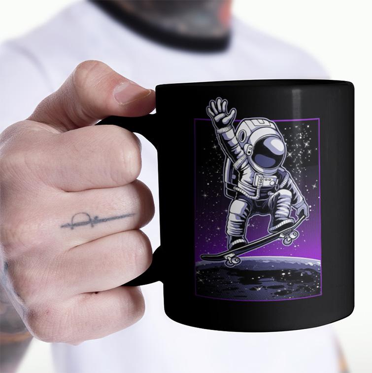 Caneca Space Nasa Skate Moon Ollie Astronauts Astronauta (Preta) - EV