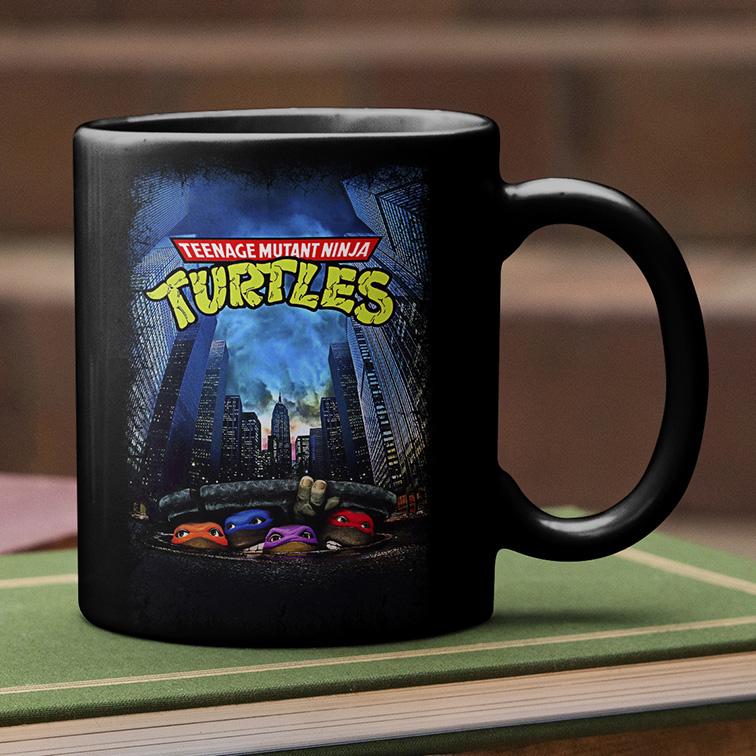 Caneca Teenage Mutant Ninja Turtles Movie Poster 1989: As Tartarugas Ninjas (Preta) - EV