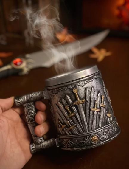 Caneca Trono Espadas Swords: Game of Thrones