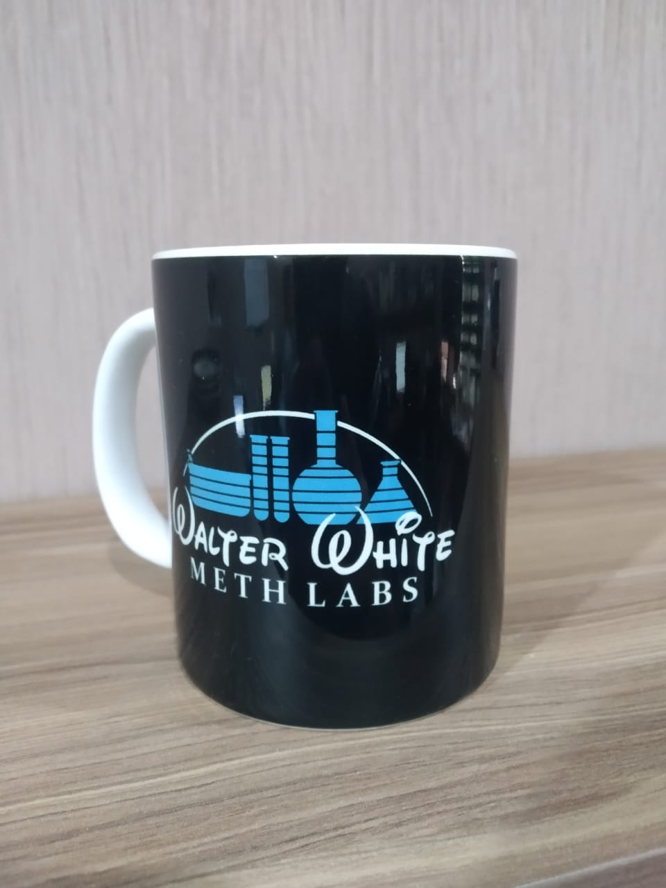 "Caneca Walter White ""Meth Labs"""