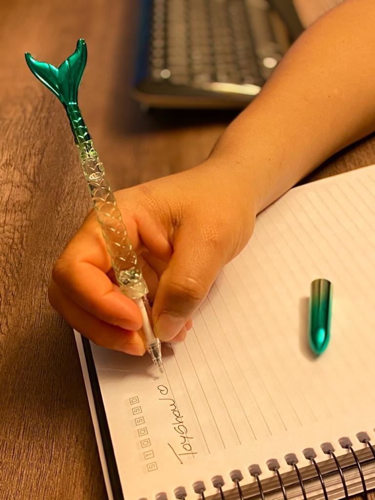 Caneta Gel: ''Calda de Sereia Com Gliter'' Verde (Tinta Preta)