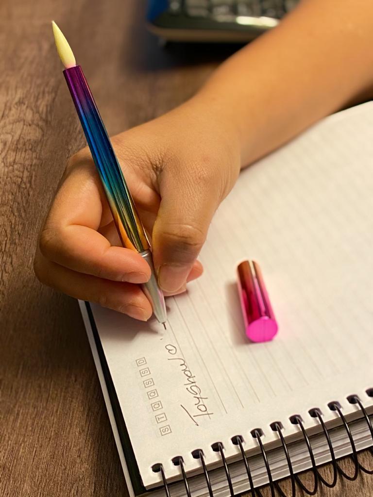 Caneta Gel: ''Pincel'' Rosa e Azul (Tinta Preta)