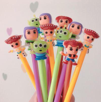 Caneta Gel Toy Story (4 Modelos) Buzz Lightyear, Woody, Alien e Jessie