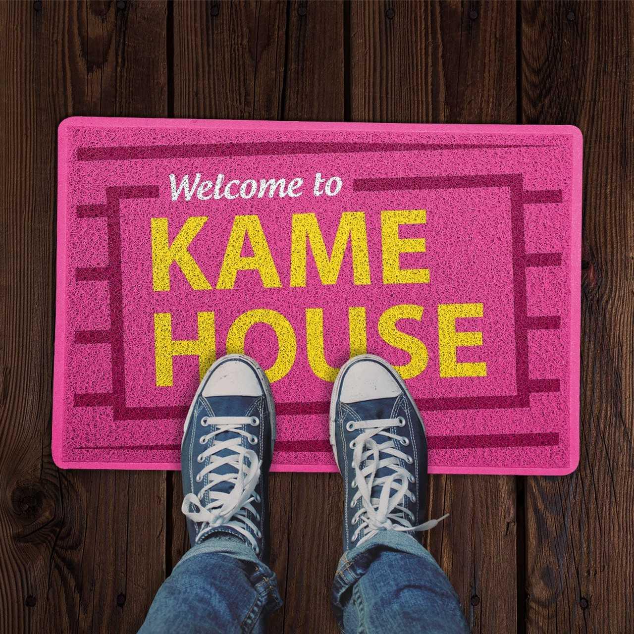 Capacho: Bem Vindo a Casa Kame ( Welcome to Kame House ) - EV
