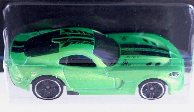 Carrinho Hot Wheels: '13 SRT Viper: Forza Motorsport Verde