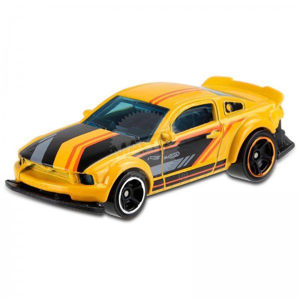 Carrinho Hot Wheels 2005 Ford Mustang (B4PDY) - Mattel