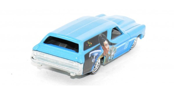 Carrinho Hot Wheels: '70 Chevelle Delivery: Star Trek