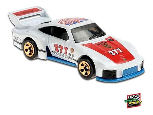 Carrinho Hot Wheels: Porsche 935 HW Race Day - Mattel
