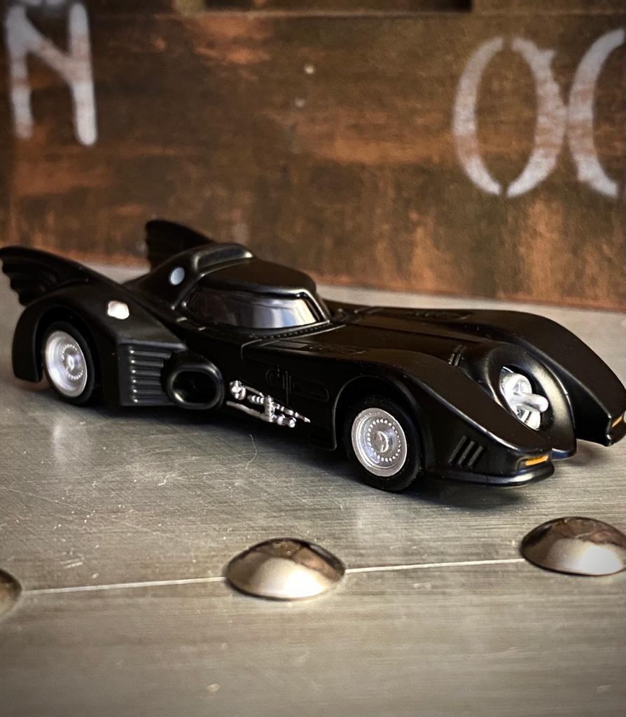 Carrinho Miniatura Replica Batmovel Batmobile Batman 1989 Escala 1/32 - DC Comics - EVALI