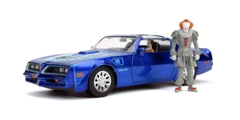 Carro Com Boneco Pennywise e Henry Bower's Pontiac Firebird: Hollywood Rides (Die Cast Figure) Escala 1/24 - Jada Toys