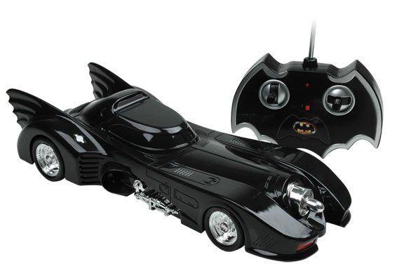 Carro com Controle Remoto Batmobile (Batmóvel): Batman Returns 1/18 - Candide