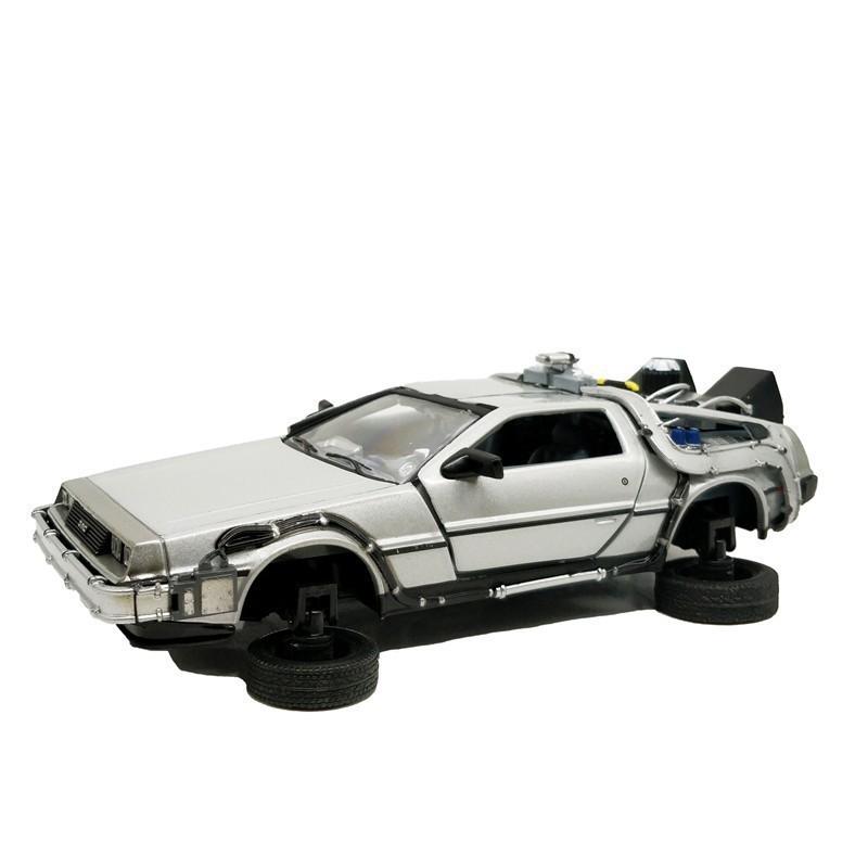 Carro DeLorean Fly Mode: De Volta Para o Futuro 2 (Back to the Future II) Escala 1/24 - Welly