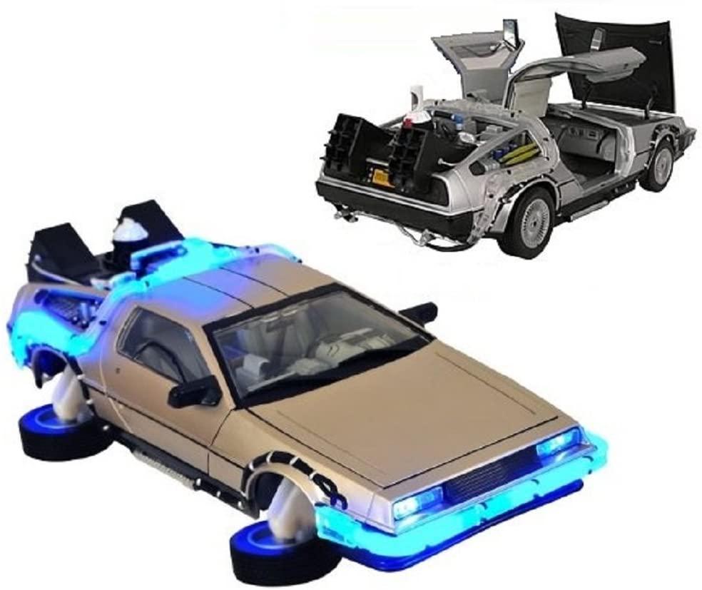 Carro DeLorean ''Time Machine'' Com Luz: De Volta Para o Futuro Parte II (Die Cast Figure) Escala 1/24 - Jada Toys