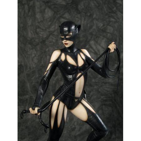 Catwoman (Mulher Gato) Fantasy Figure Gallery Luis Royo - Yamato