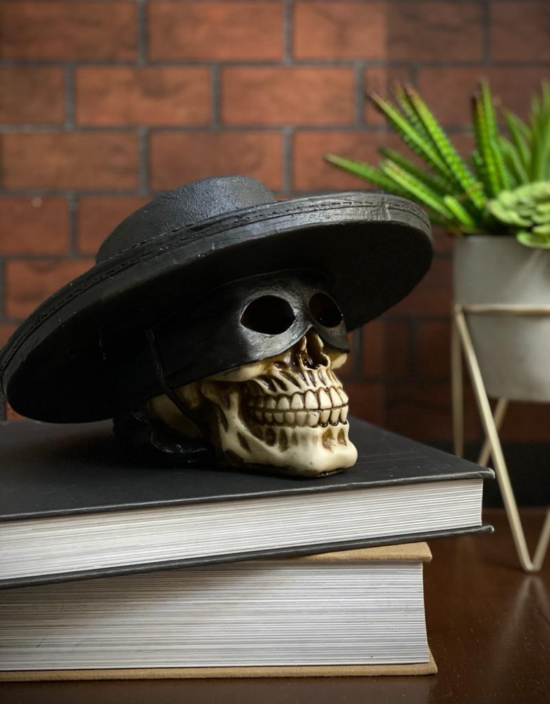 Caveira Crânio Skull Decorativa Zorro