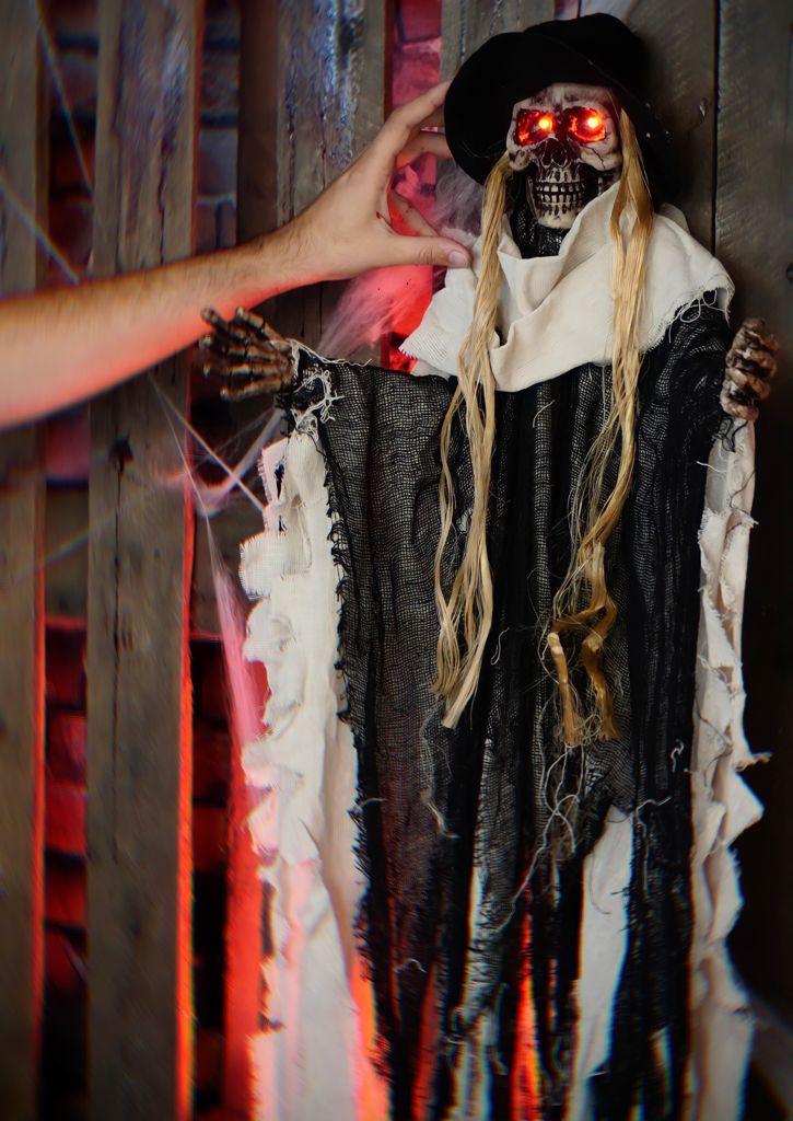 Caveira Fantasma Eletrônica Pendente Decorativa com Luz e Som Terror Halloween Dia das Bruxas