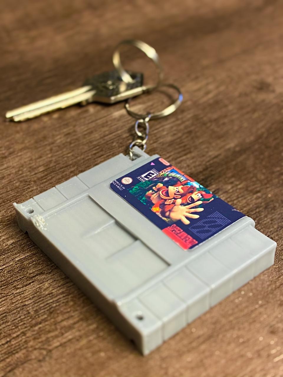 Chaveiro Cartucho Donkey Kong Country.: Nintendo