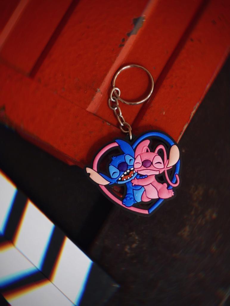 Chaveiro de Borracha Stitch e Angel Love: Lilo e Stich - Disney