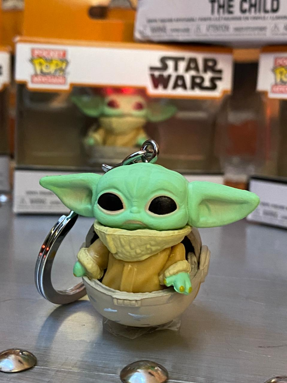 Chaveiro Funko Pop! Grogu Baby Yoda The Child: O Mandaloriano The Mandalorian - Funko - EV