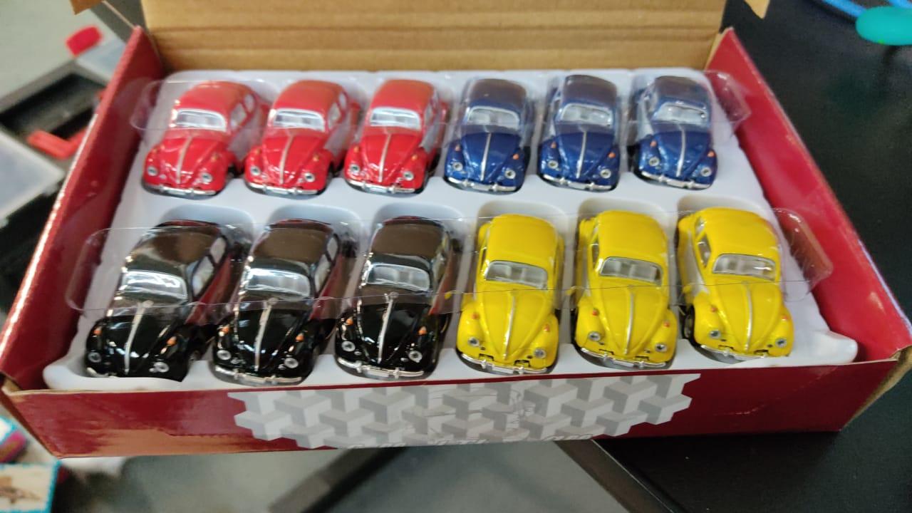 Chaveiro Miniatura Fusca Volksvagen 1967 Clássico - Escala 1/64 (Sortido)