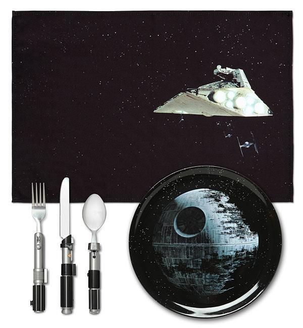 Conjunto de Jantar Star Wars: Death Star (Estrela da Morte) Prato e Talher