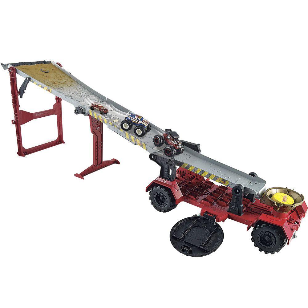 Conjunto Hot Wheels Monster Trucks: Reboque Radical - Mattel