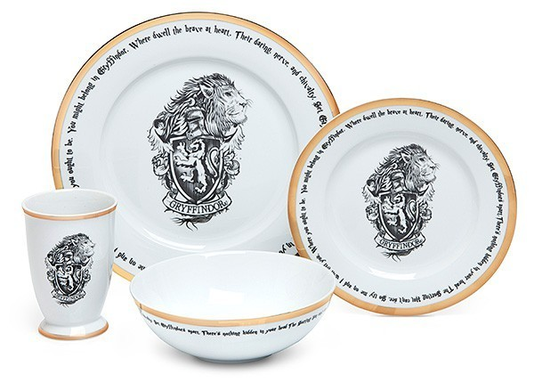 Conjunto Oficial de Jantar Harry Potter 16 peças - Todas as casas (Apenas Venda Online)