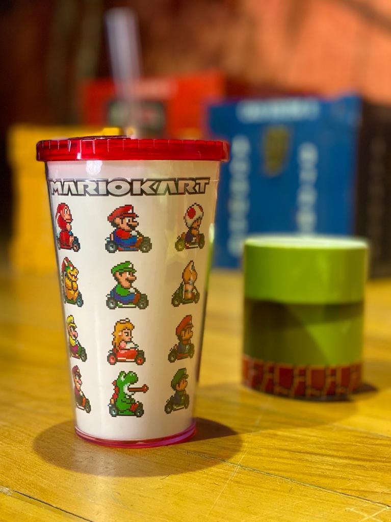 Copo com Canudo Mario Kart: Mario Bros - 600ML