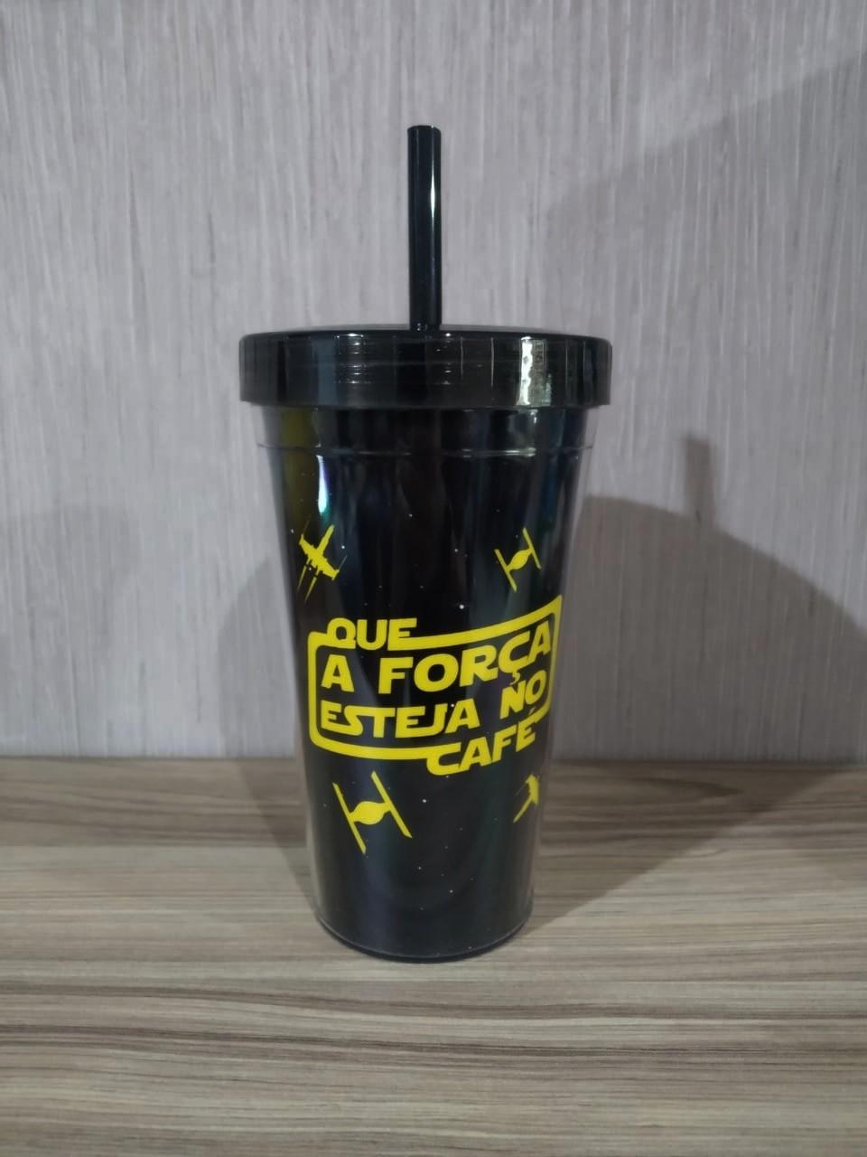 Copo Com Canudo: ''Que a Força Esteja no Cafe'' (Star Wars) - 450ml