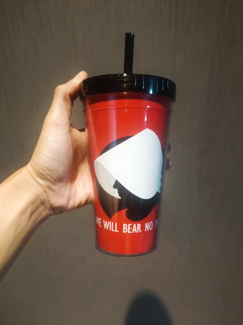 Copo Com Canudo: We Will Bear No More (The Handmaid's Tale) - 450ml