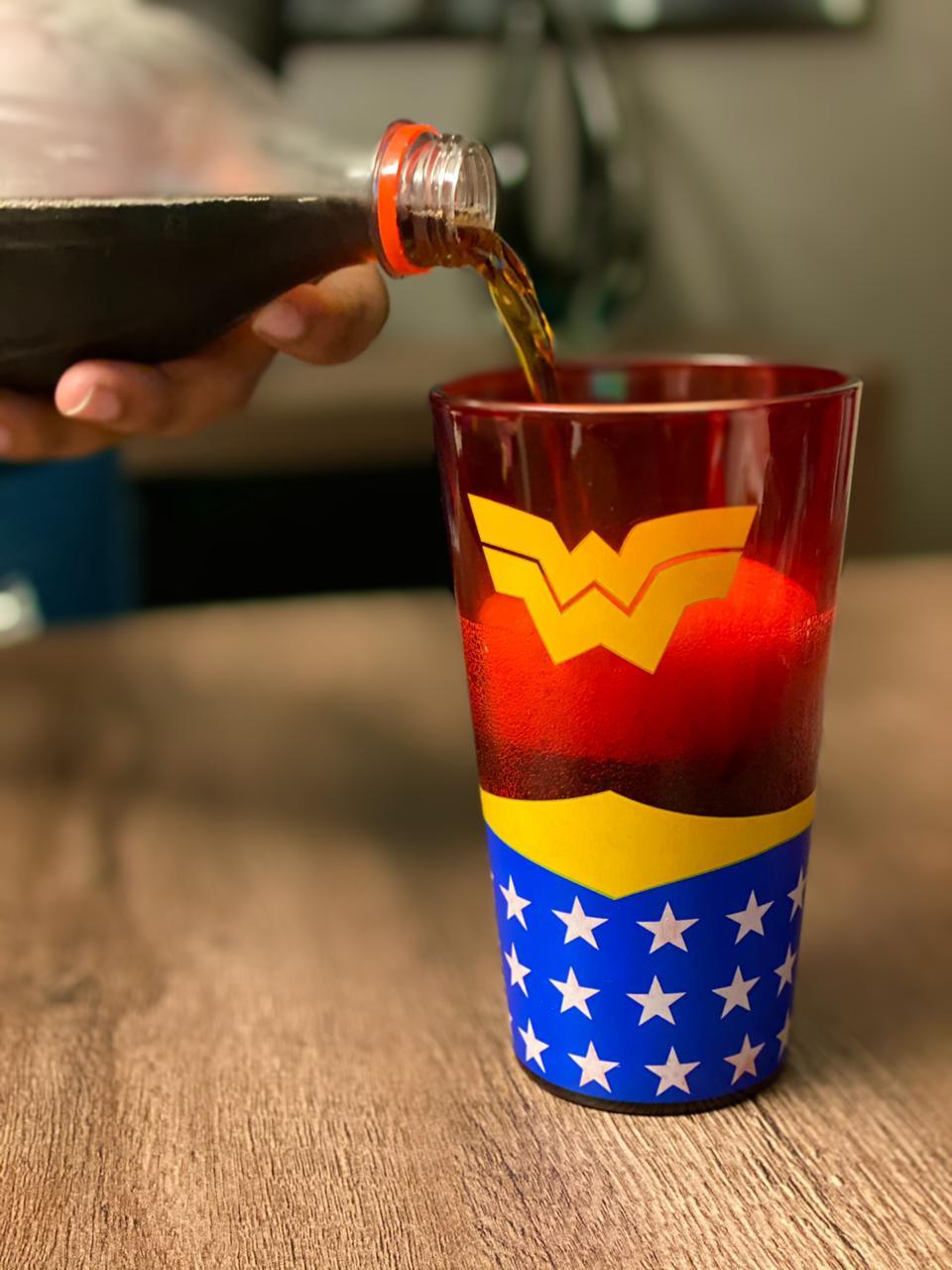 Copo de Vidro: Mulher Maravilha ( Wonder Woman ) - 450ML
