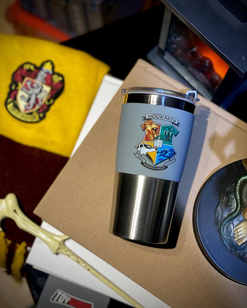 Copo Para Viagem Hogwarts Casas: Harry Potter (450ml)