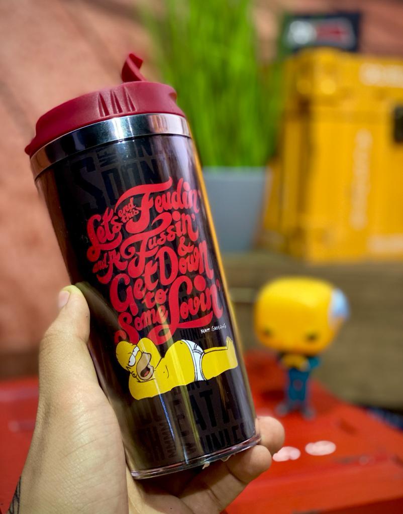 """Copo para Viagem Homer """"Homerlogy"""": Os Simpsons  - 450ml"""